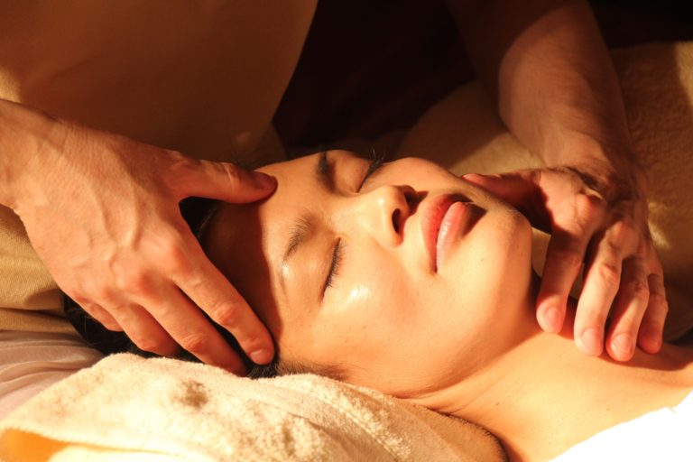 Cupid's Caress: Treat Your Loved One This Valentine's Day to a Facial or Massage